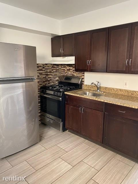 4920 North Mulford Street - 1350USD / month