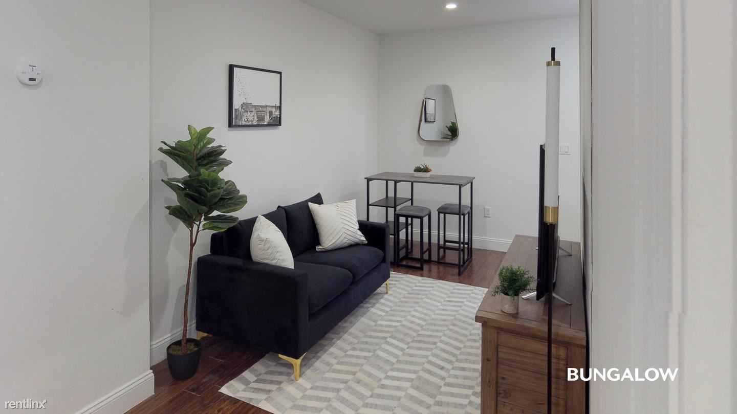 285 St Nicholas Ave, New York, NY - $970 USD/ month