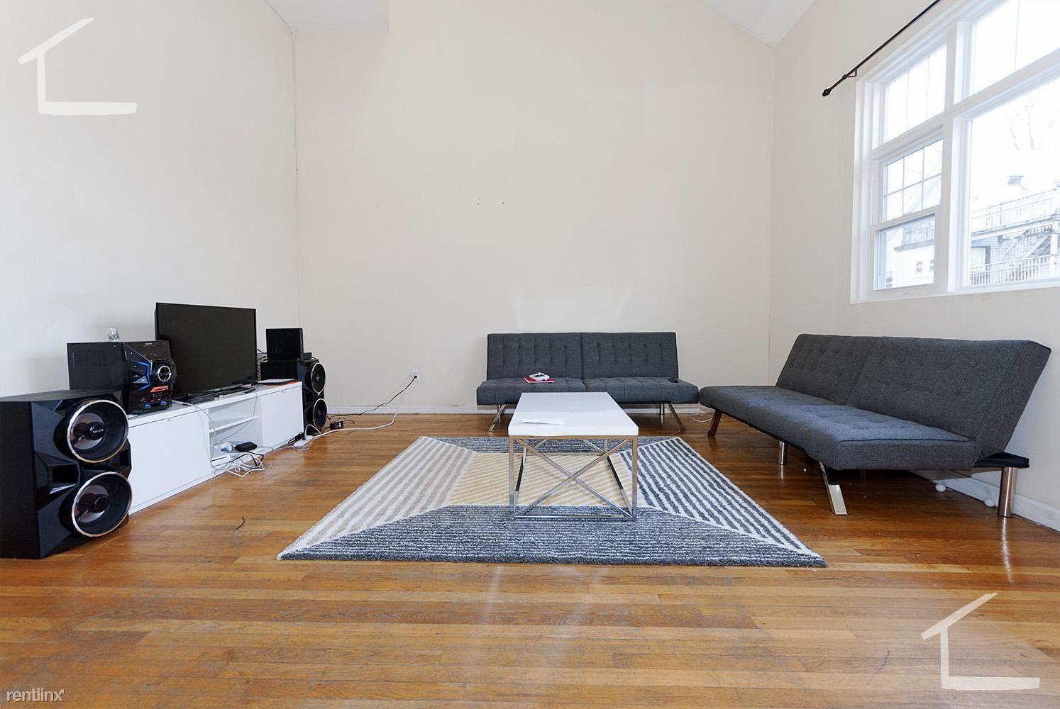 127 Glenville Ave, Allston, MA - $4,550 USD/ month