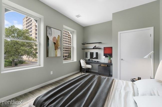 98 Clinton Ave 31 - 1449USD / month