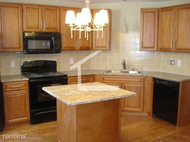 184 Saint Paul St, Brookline, MA - $6,500 USD/ month