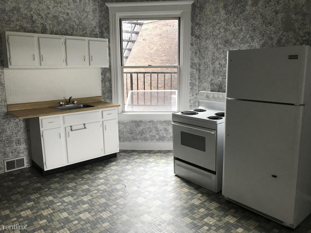 3443 Parkview Ave Unit 2, Pittsburgh, PA - 900 USD/ month