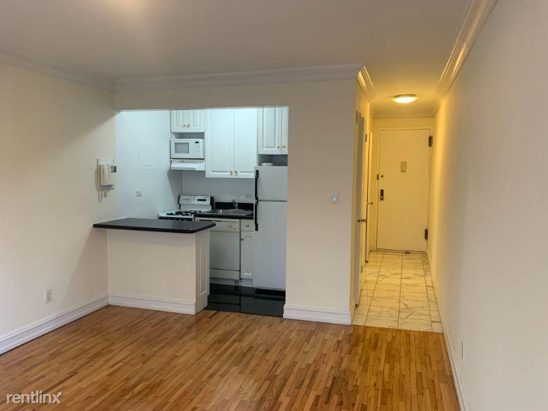 1661 York Ave 5F, New York, NY - $1,512 USD/ month