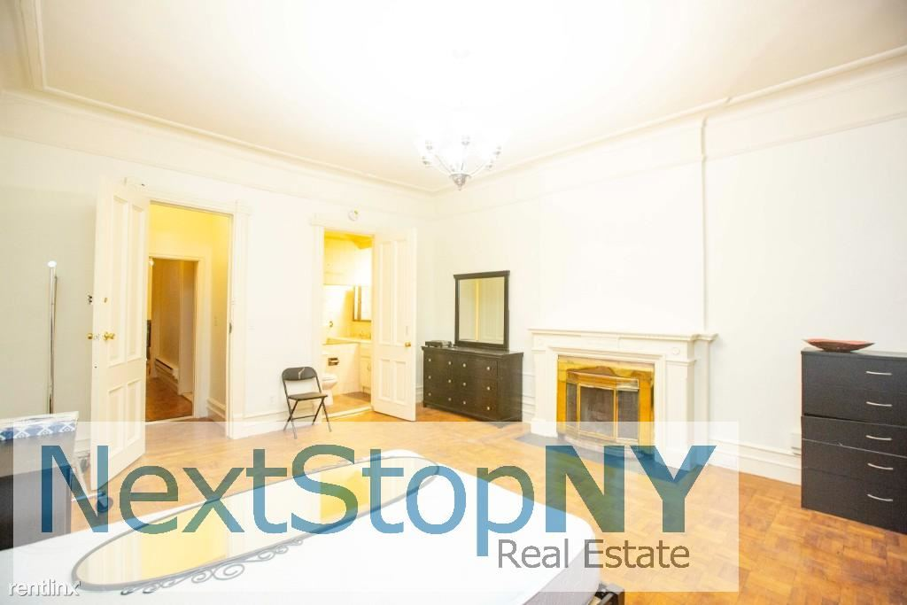 East 78th & East 79th Streets - 6000USD / month