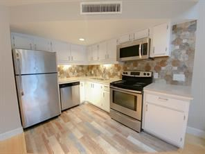33 Deer Creek Rd Apt D106, Deerfield Beach, FL - $1,450 USD/ month