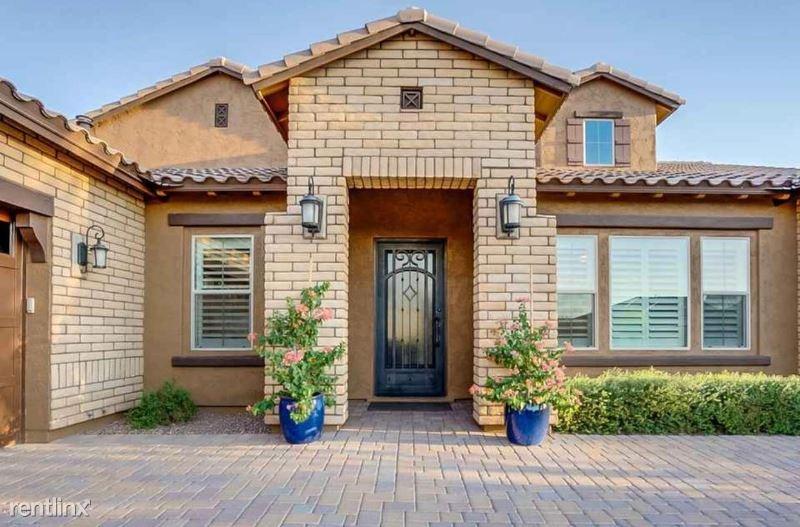 2915 E Constance Way, Phoenix, AZ - $13,500 USD/ month