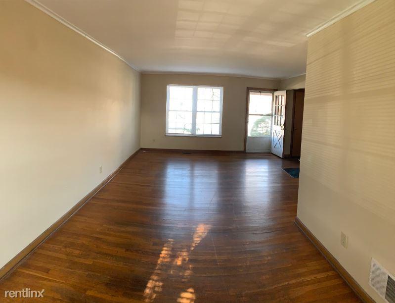 2121 Farleigh Rd, Upper Arlington, OH - $995 USD/ month