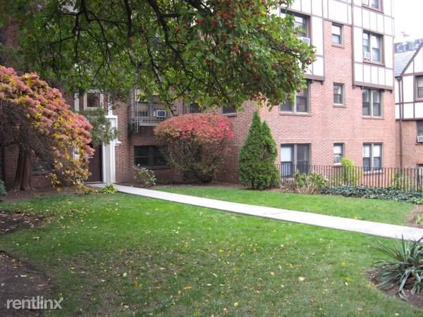 Greenridge Ave, White Plains, NY - $2,000 USD/ month