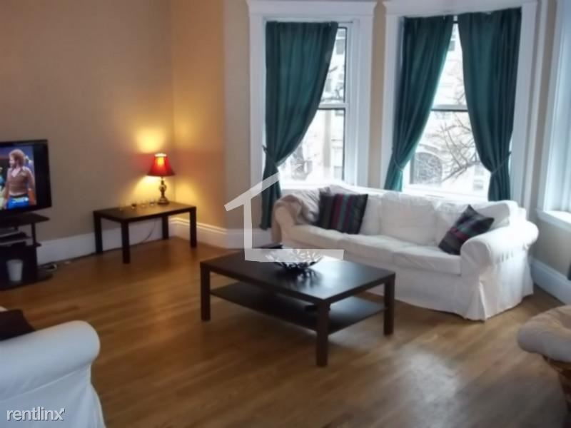 11 Euston St Apt 2A, Brookline, MA - $6,250 USD/ month