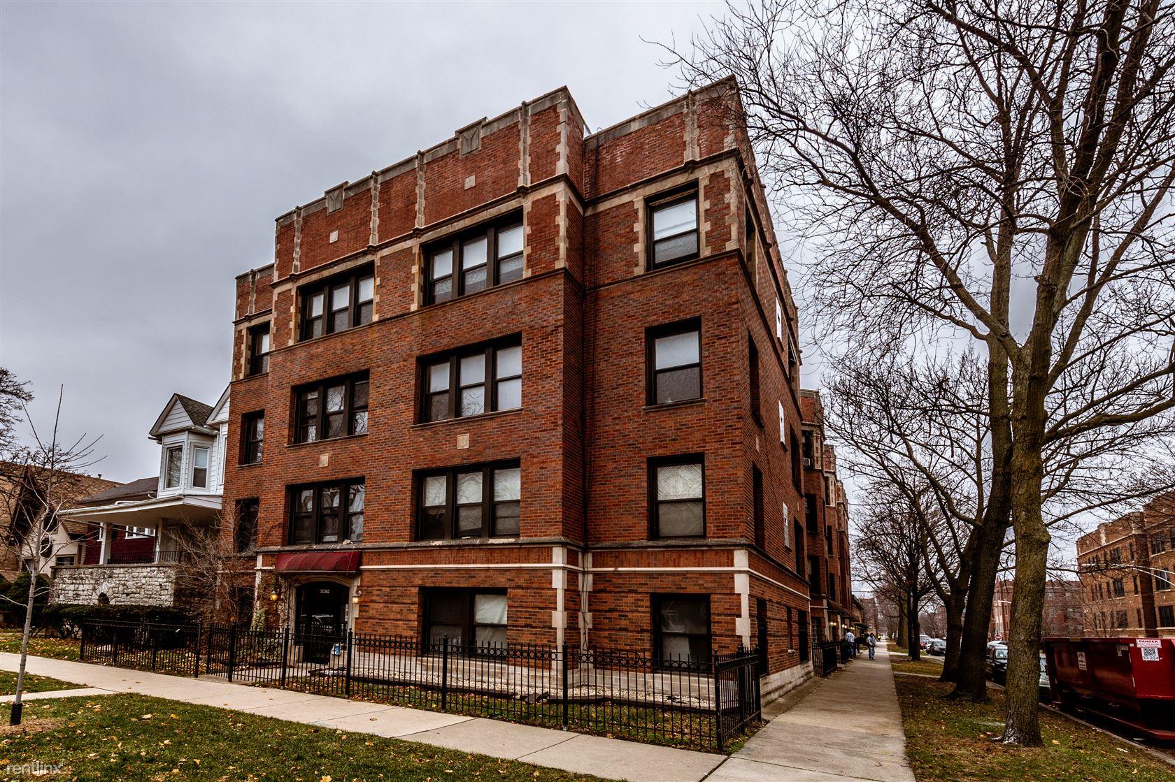 6904 S Cregier Ave, Chicago, IL - 600 USD/ month