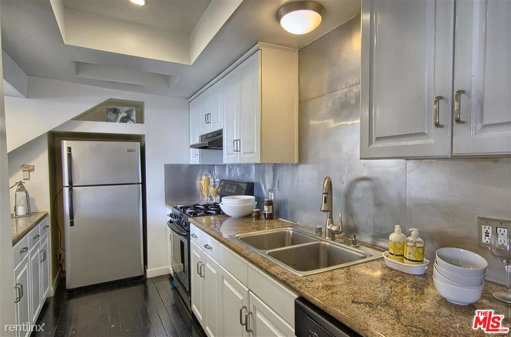 1577 Viewsite Dr, Los Angeles, CA - $6,700 USD/ month