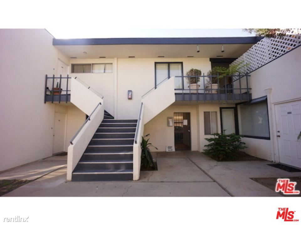 1233 Barry Ave Apt 202 - 3100USD / month