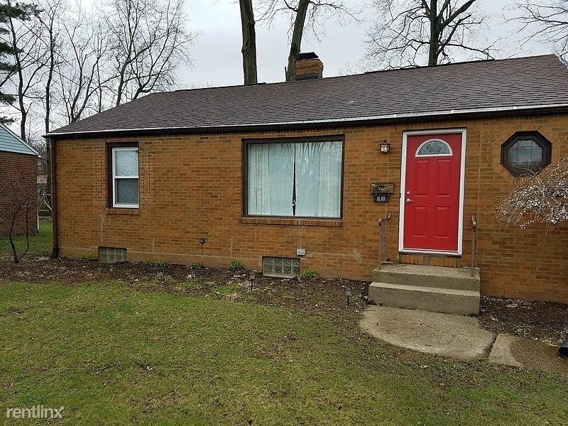 830 38th Street Northwest, Canton, OH - $1,250 USD/ month
