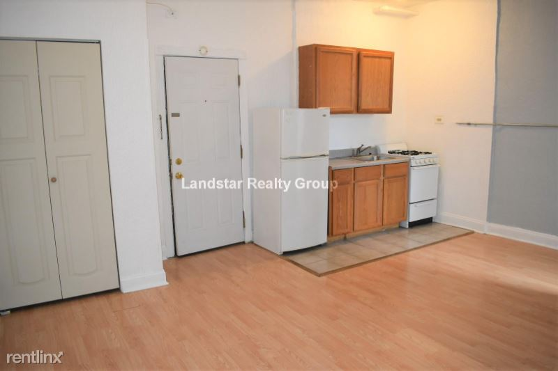 4735 N Beacon St 105, Chicago, IL - $725 USD/ month
