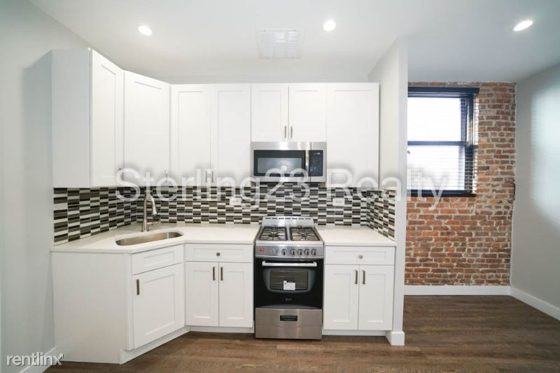 354 Arlington Avenue 2F, East New  York, NY - $1,800 USD/ month