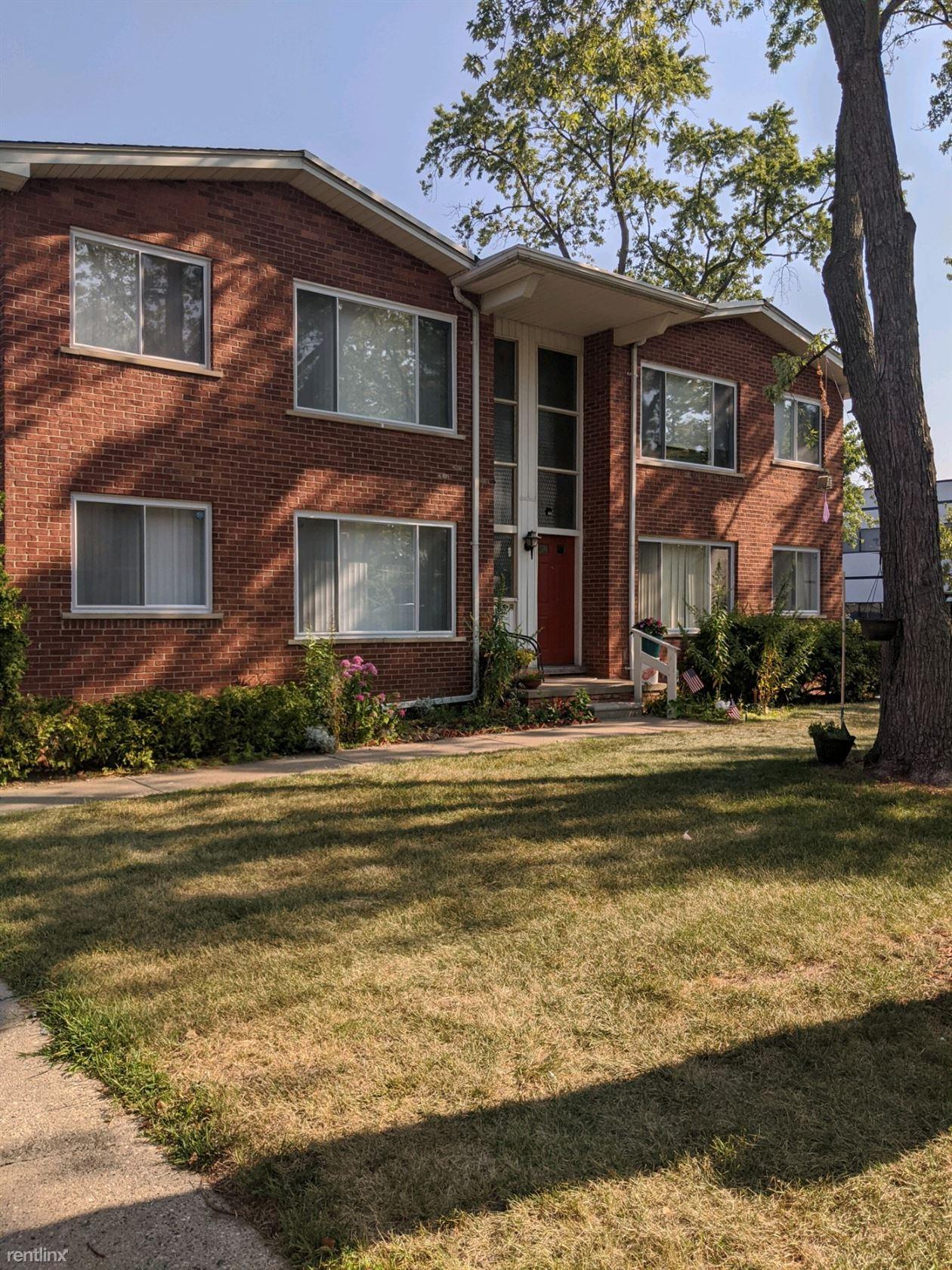 8310 Hall Rd, Utica, MI - $775 USD/ month