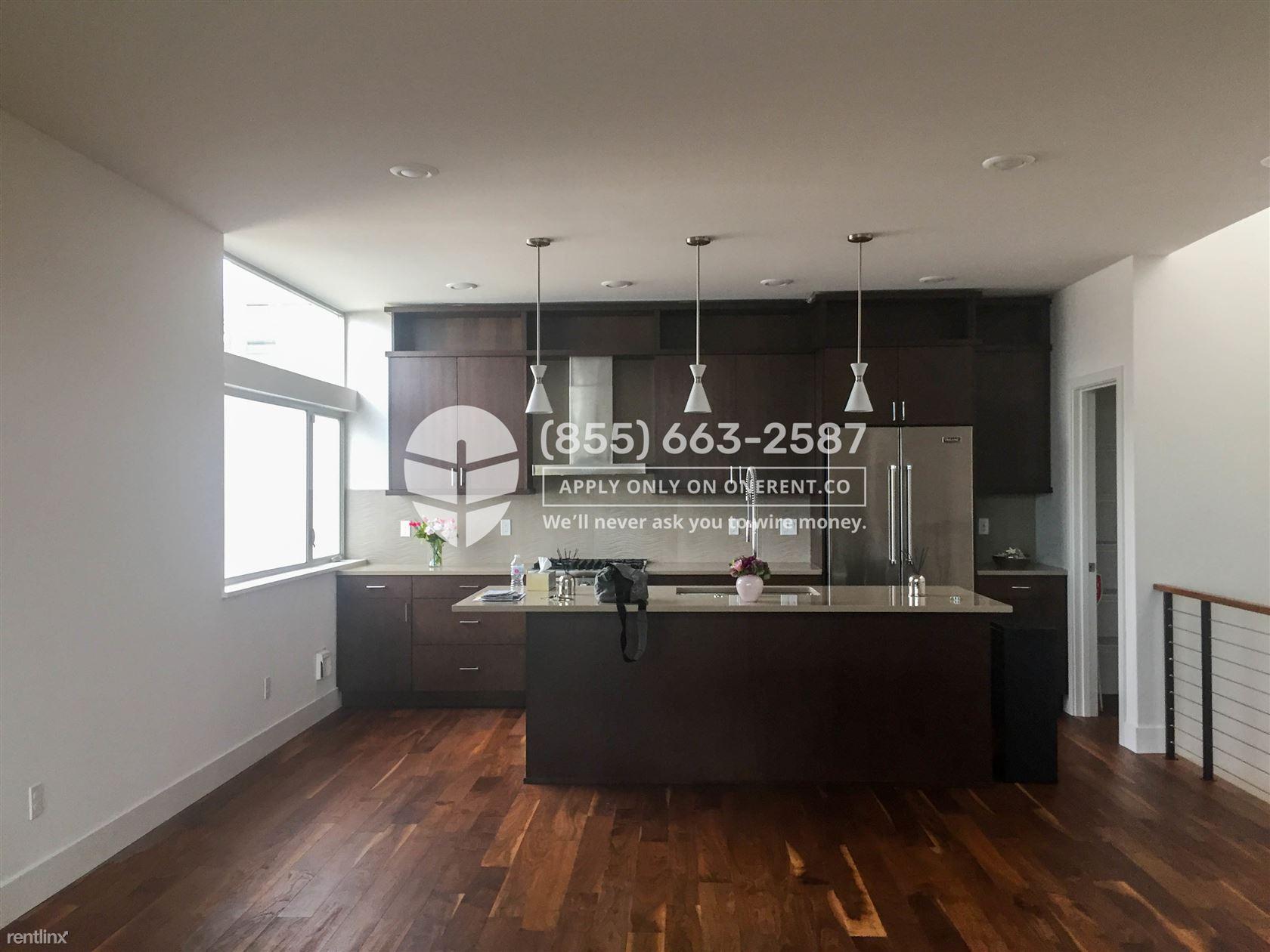 2618 Eastlake Ave E #B, Seattle, WA - $4,900 USD/ month