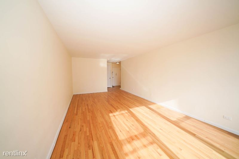 6901 35th Avenue 5H, Woodside, NY - $2,000 USD/ month