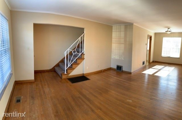 2139 Harwitch Rd., Upper Arlington, OH - $1,075 USD/ month