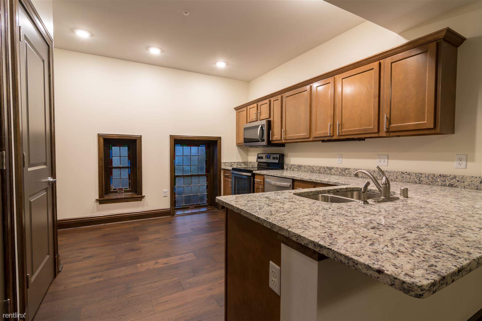 1838 Bardstown Road, Louisville, KY - $1,499 USD/ month