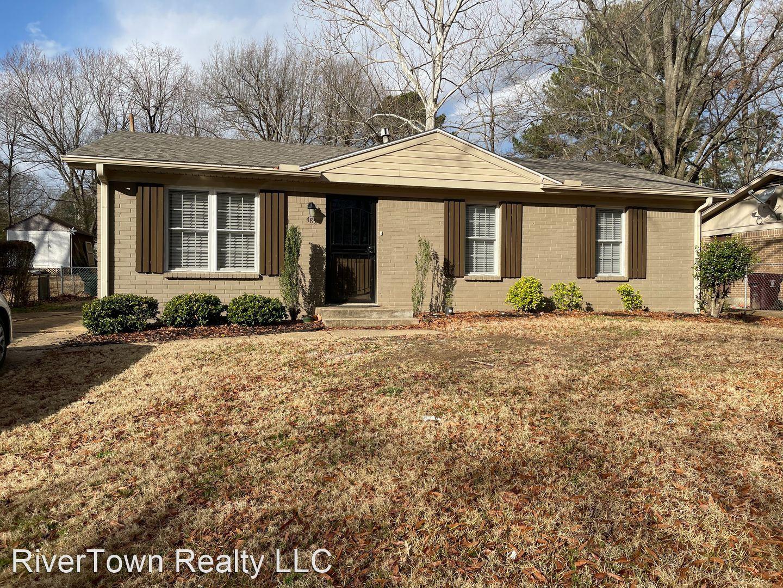 485 Quinn Road, Collierville, TN - $1,650 USD/ month