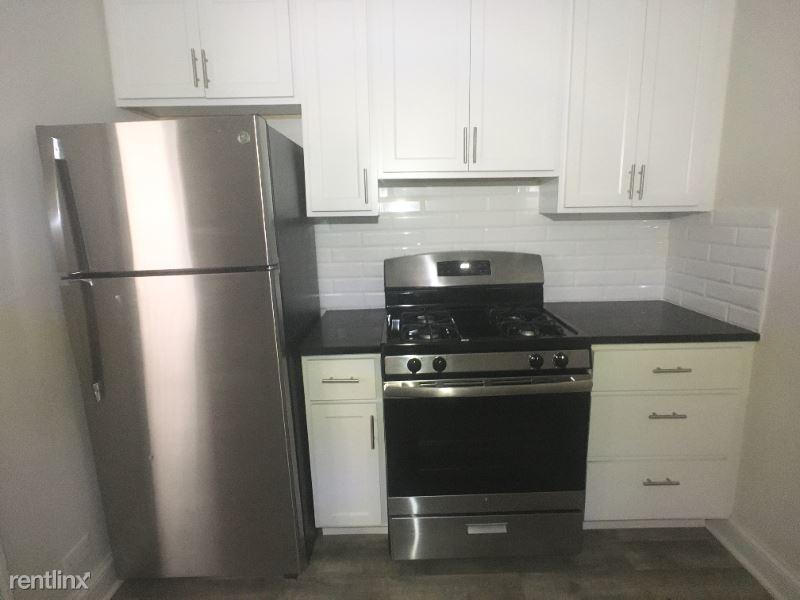 918 Green Bay Rd 2d, Winnetka, IL - $1,445 USD/ month