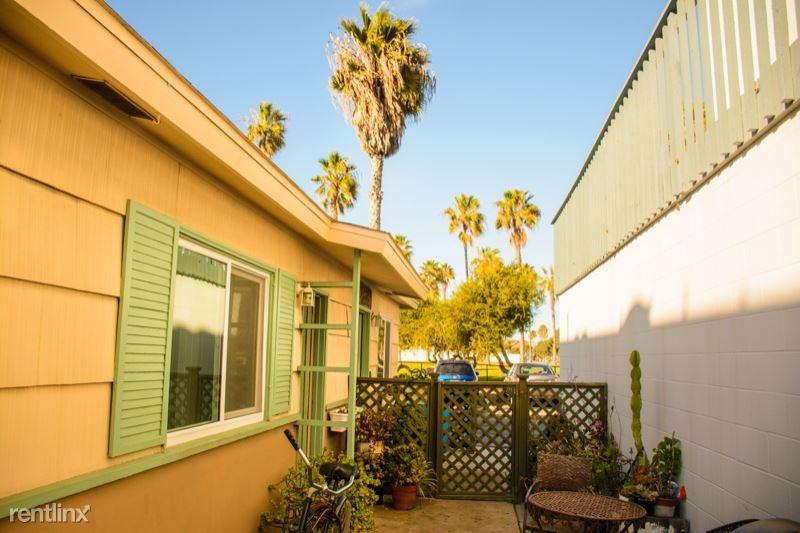 745 San Fernando Place, San Diego, CA - $3,000 USD/ month