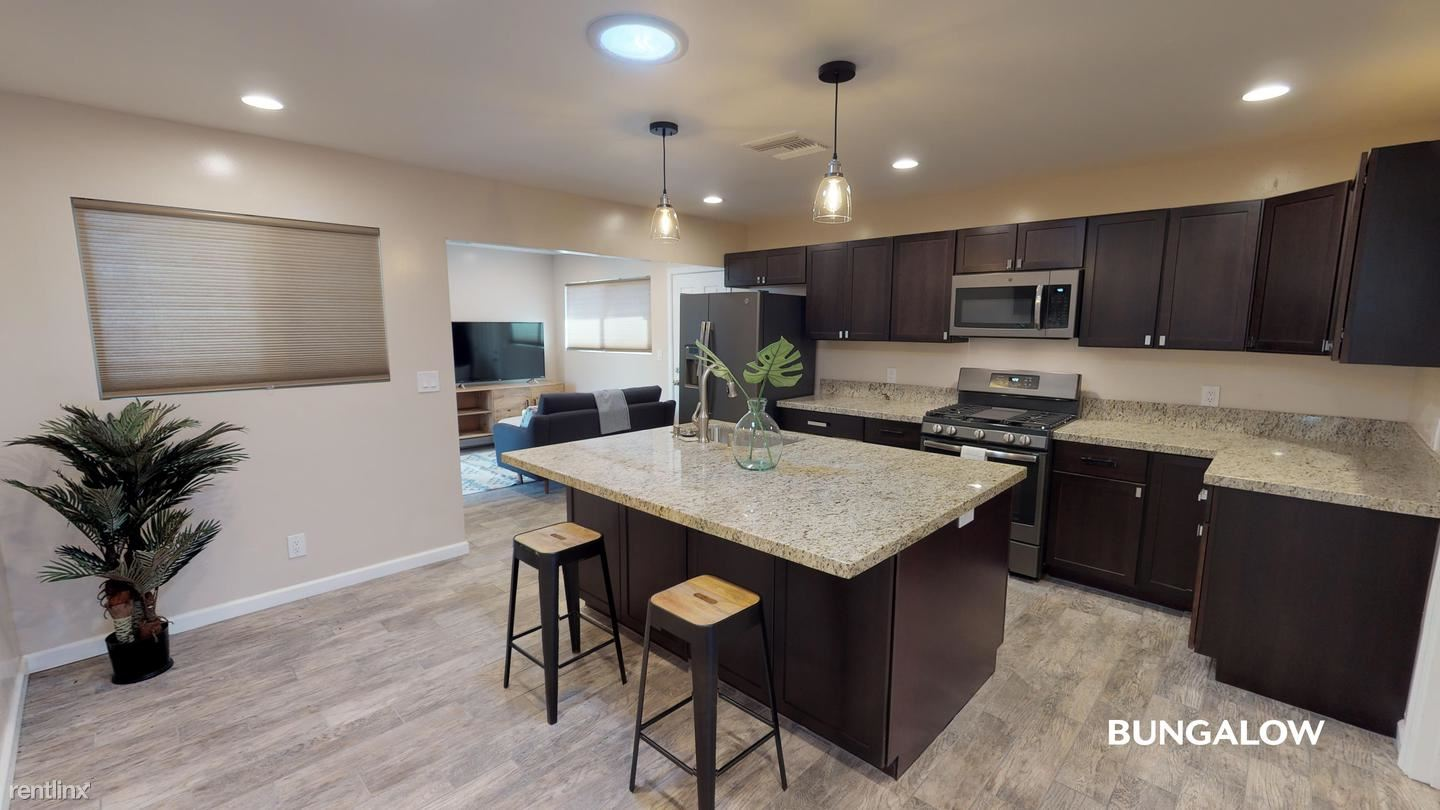 1751 Catalina Blvd, San Diego, CA - $990 USD/ month