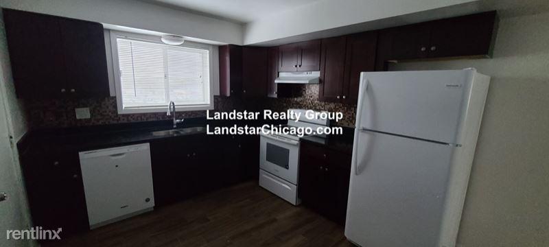 1412 Carol St, Park Ridge, IL - $1,400 USD/ month