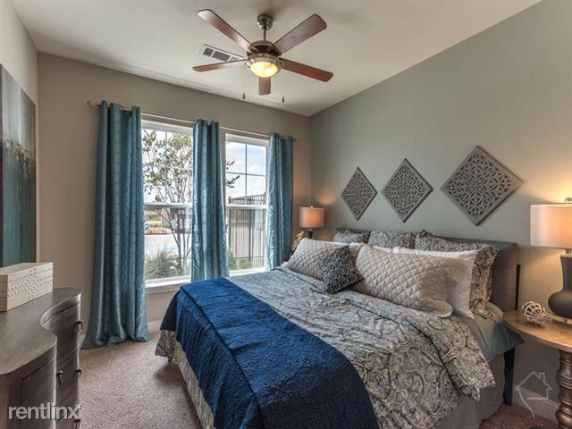 19400 W Bellfort St, Richmond, TX - $1,800 USD/ month