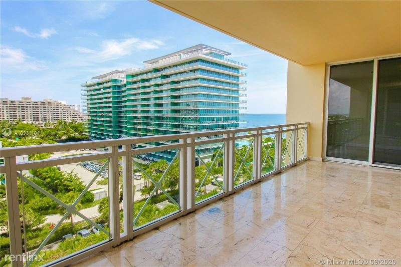 430 Grand Bay Dr, Key Biscayne, FL - $8,900 USD/ month