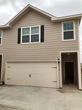 571 Soloman, Brookshire, TX - $1,800 USD/ month