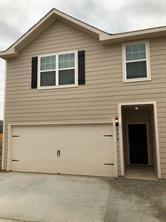 575 Soloman, Brookshire, TX - $1,800 USD/ month