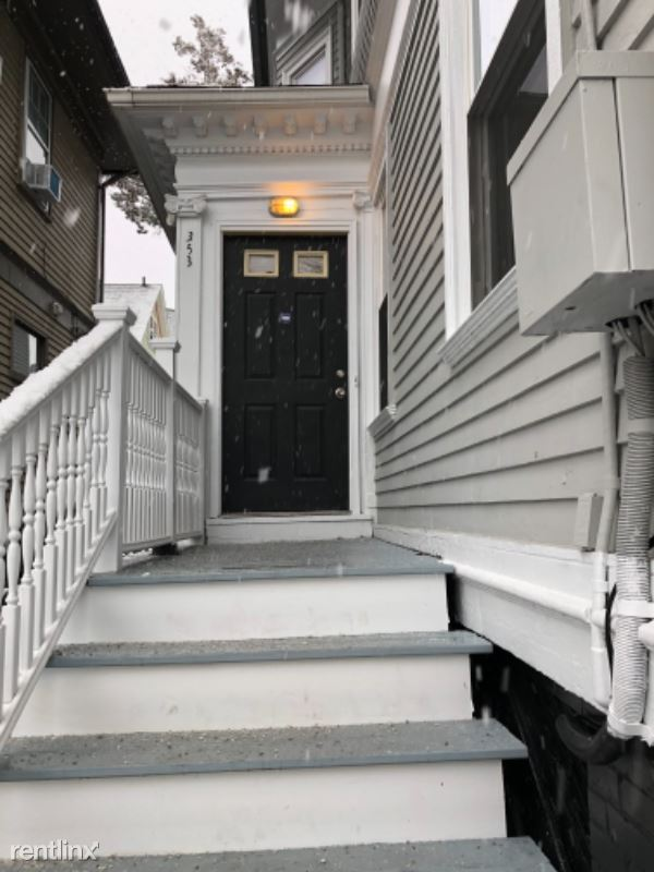 353 Thayer Street 1, Providence, RI - $2,000 USD/ month