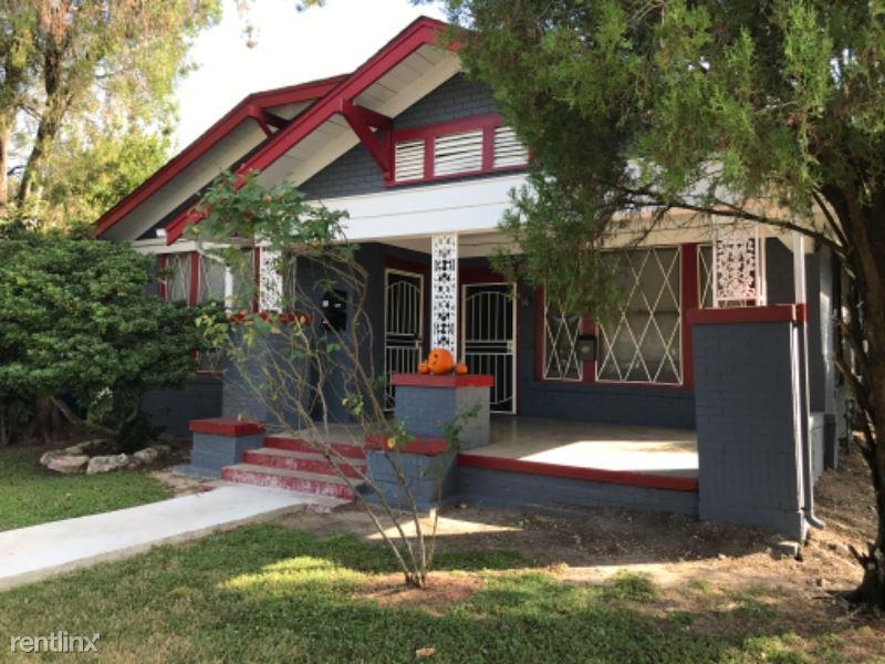 1624 Kentucky Ave, San Antonio, TX - $495 USD/ month