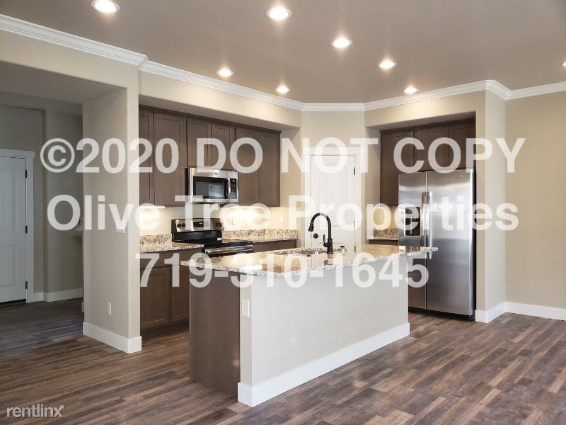 819 Redemption Pt, Colorado Springs, CO - $3,000 USD/ month