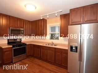 1413 W Superior St, Chicago, IL - $18,000 USD/ month