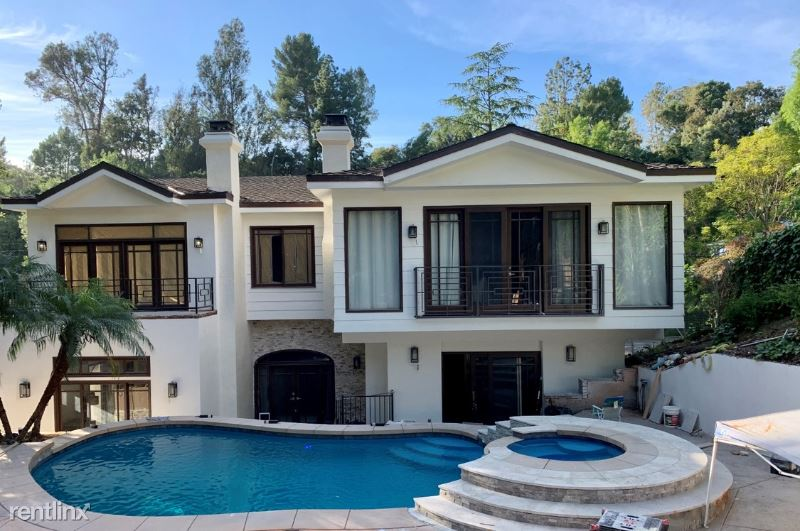 2650 Hutton Drive, Beverly Hills, CA - $20,000 USD/ month
