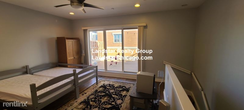 849 W Ohio St 16W, Chicago, IL - $5,200 USD/ month