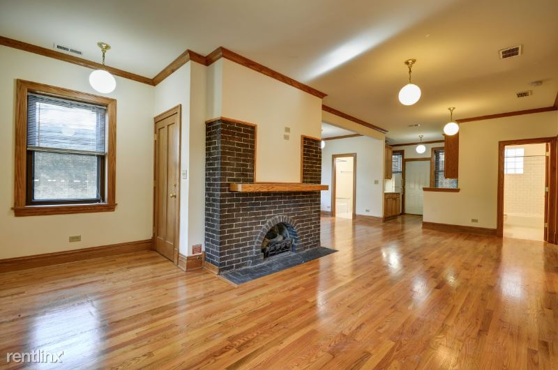 1809 W Patterson Ave 1 - 3495USD / month