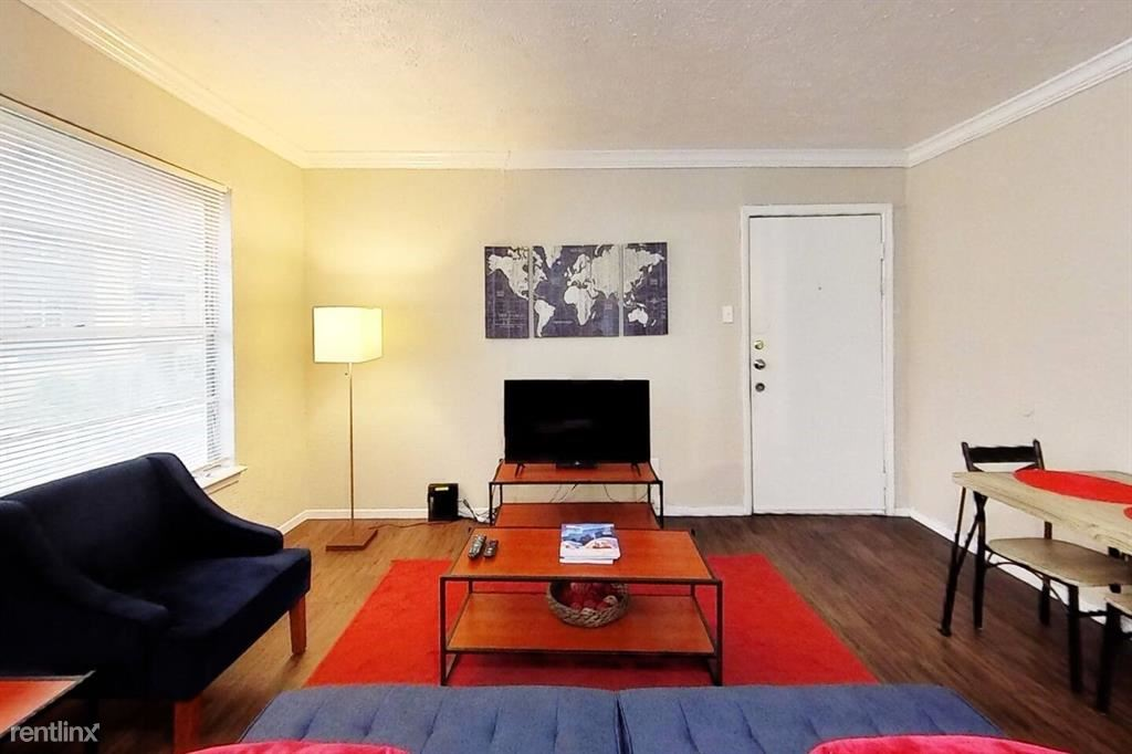 4040 Brown Street Unit# 95, Dallas, TX - $730 USD/ month