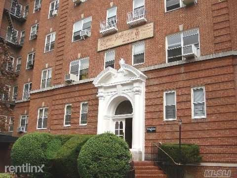 6911 Yellowstone Blvd, Forest Hills, NY - 2,900 USD/ month
