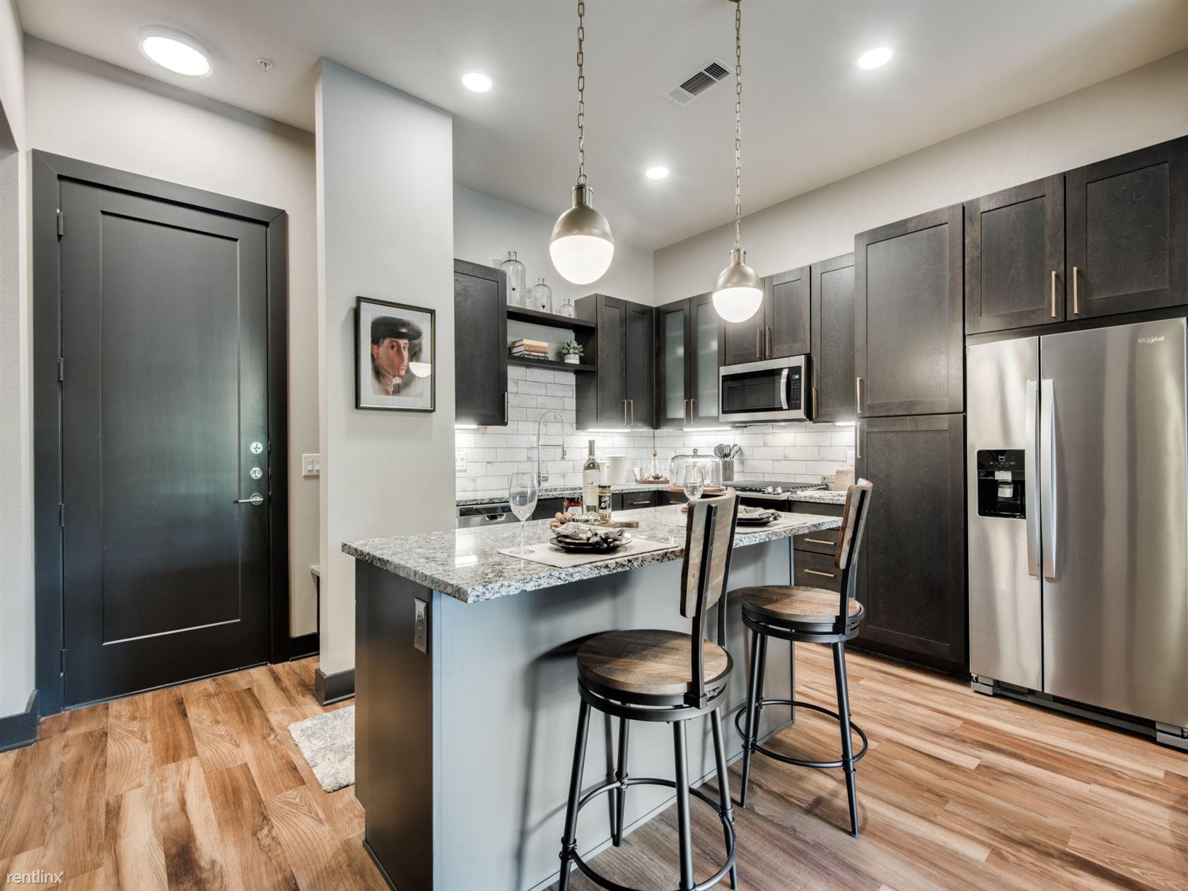 4829 McKinney Ave # 21196, Dallas, TX - $2,860 USD/ month