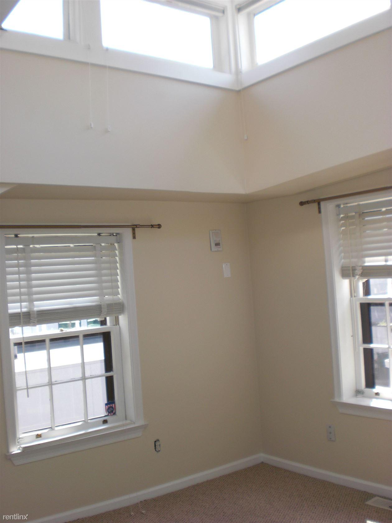 3408 Sansom St, Philadelphia, PA - $3,200 USD/ month