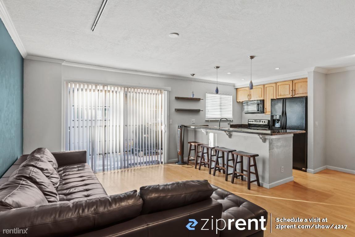 123 Flynn Avenue, Mountain View, CA - $2,600 USD/ month