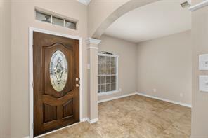 127 Long Canyon Ln, Richmond, TX - $1,900 USD/ month