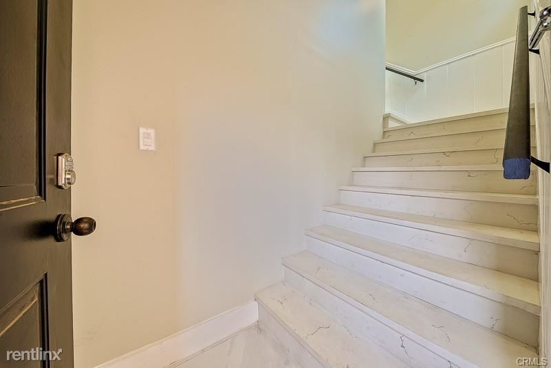320 N Almont Dr, Beverly Hills, CA - $8,700 USD/ month
