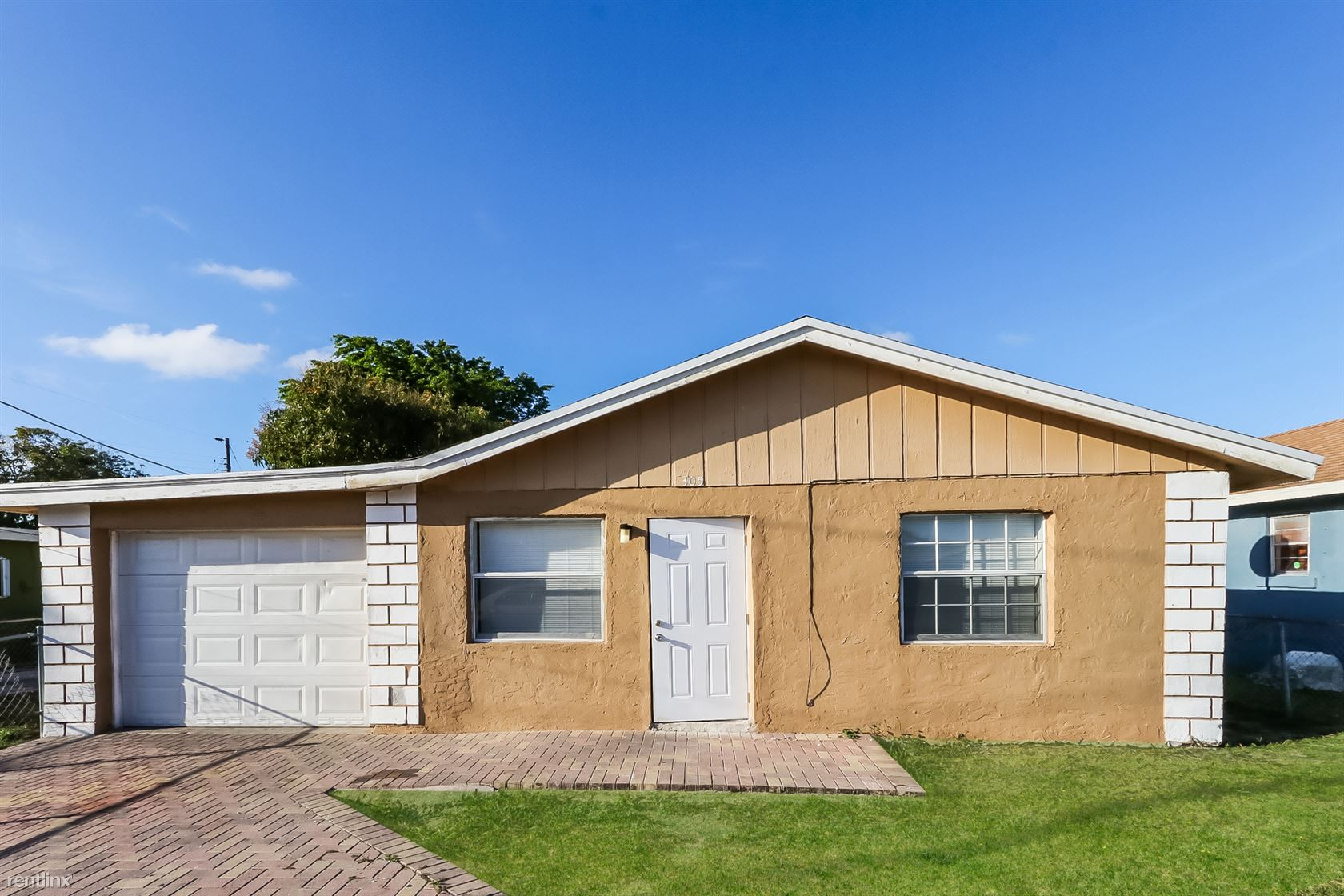 305 NE 13th Avenue, Boynton Beach, FL - $1,479 USD/ month