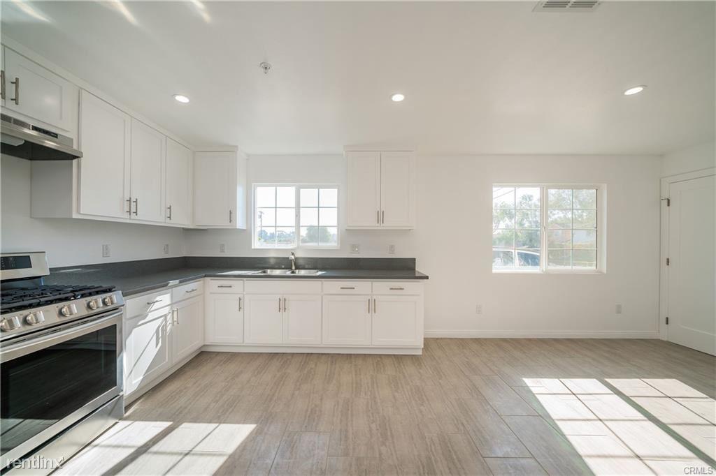 25404 Vermont Ave, Harbor City, CA - $3,500 USD/ month