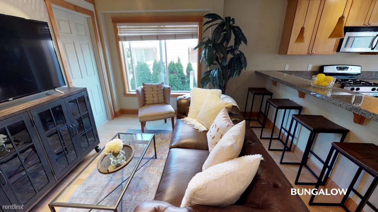 6724b 14th Avenue NW, Seattle, WA - $600 USD/ month